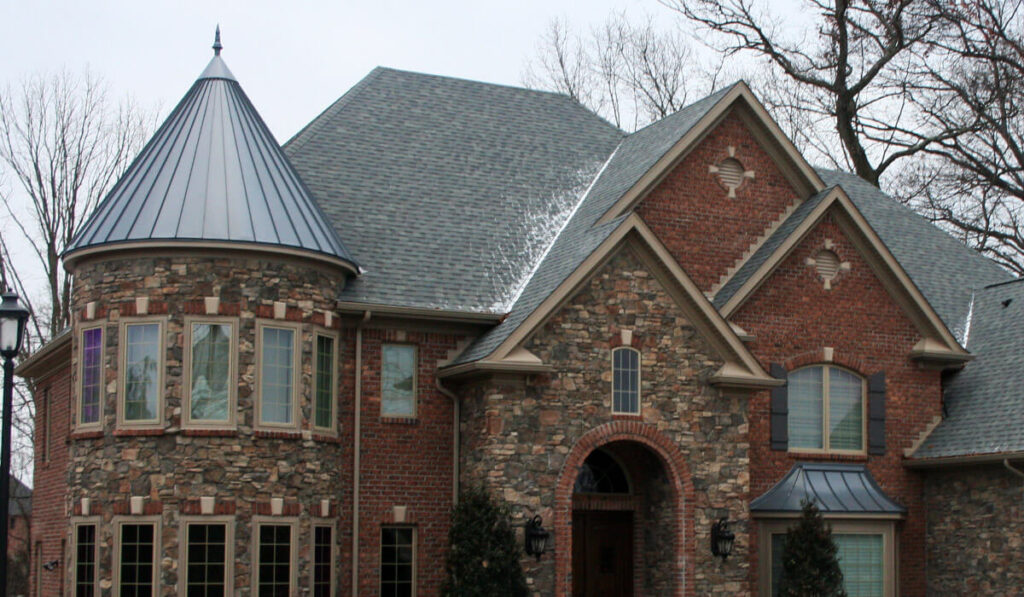 Tapered Panels Metal Roof-Mid-Florida Metal Roof Contractors of Jacksonville